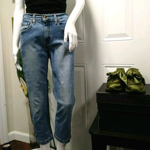 Levis Strauss Signature Cropped Jeans 28